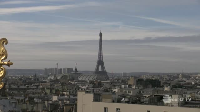 Paris panorama live streaming Paris City Centre webcam